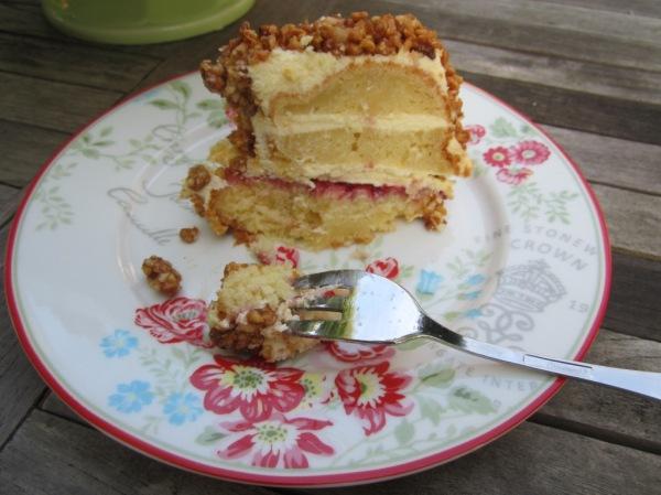 Frankfurter Kranz Crown Cake (10)