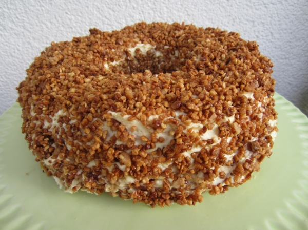 Frankfurter Kranz Crown Cake (4)