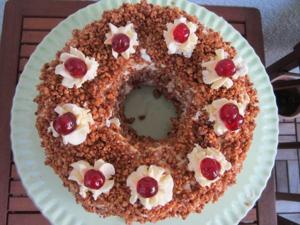 Frankfurter Kranz Crown Cake (7)