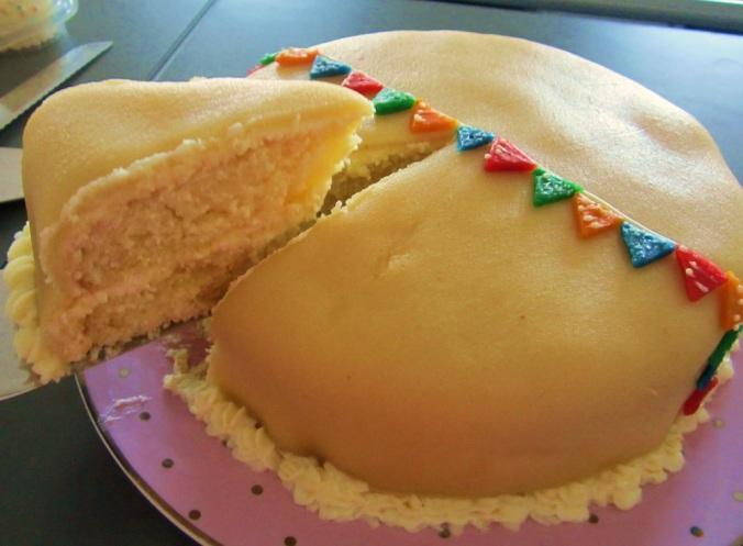 Zitronenkuchen mit Marzipan (5)