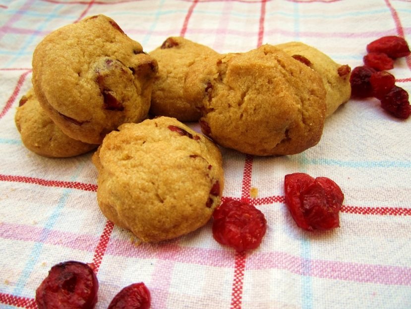 Peanut Cranberry Cookies