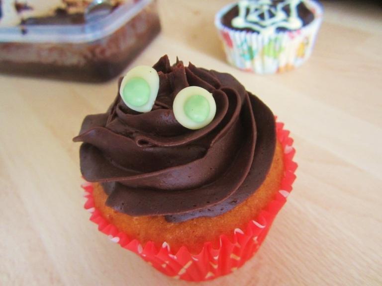 Cupcake Bat Fledermaus (4)