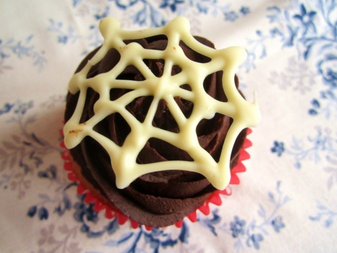 Cupcakes Halloween Spinnennetz (12)