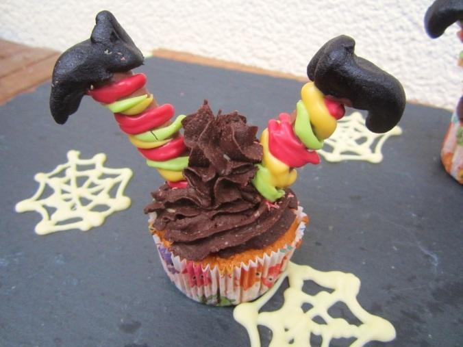 Halloweencupcake Hexe (3)