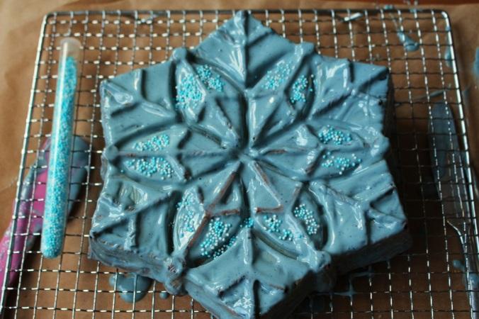 Frozen Cake Elsa (19)