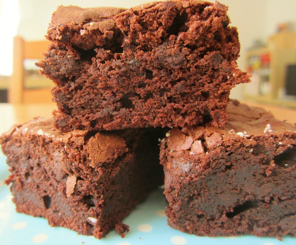 Schokoladige Saftige Brownies Mainbacken