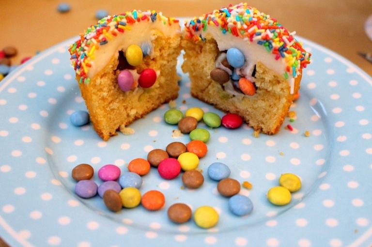 Funfetti Confetti Cupcake (8)