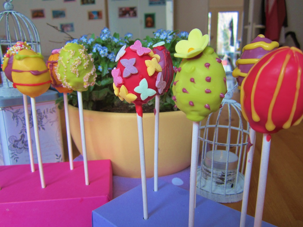 Egg Pops Cake Pops Easter (1)