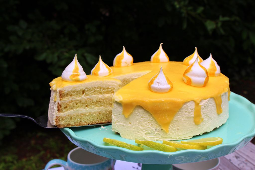 Lemon Curd Quark Torte Mainbacken