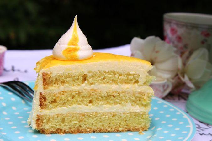 Lemoncurd Quarktorte: Das Highlight für die Gartenparty mit jede Menge Zitrone