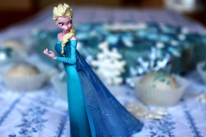 frozen-eisprinzessin-torte-kuchen-5