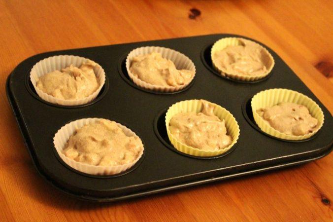 Für das zweite Rezept habe ich Apfelcupcakes zubereitet - ging ebenfalls ziemlich schnell und die Silikonförmchen waren auch dabei.