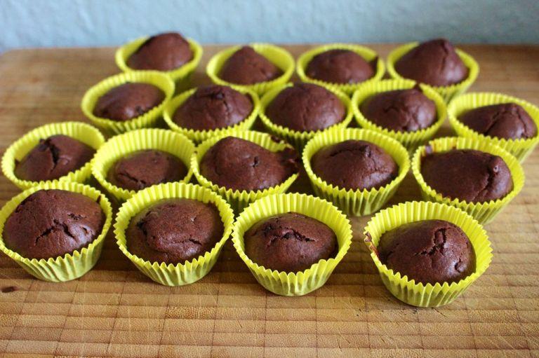 Je nach Füllmenge der Cupcakes bekommt man auch mal mehr Stück raus - ich fülle sie immer recht hoch.