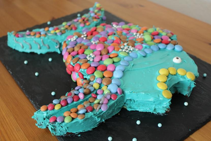 Regenbogenfisch Kuchen mit Videoanleitung(Kinderkram)