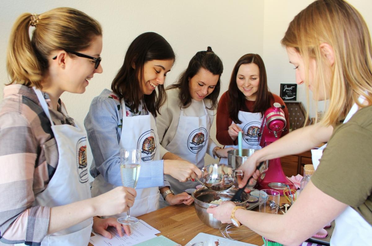 Cupcake Backkurs für Junggesellinnen Abschied (JGA) in Frankfurt