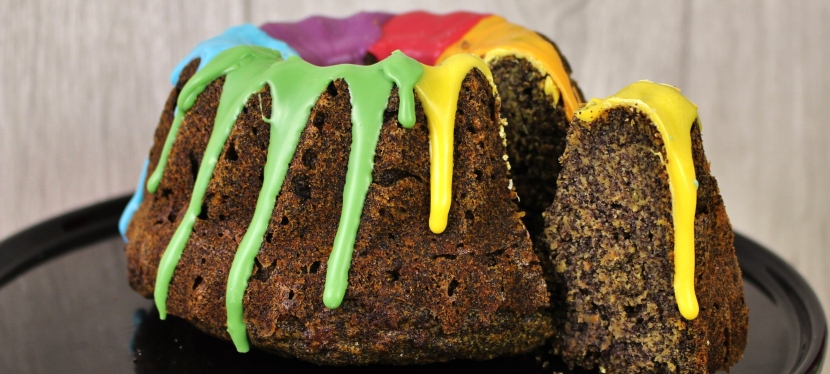 Bunter Karotte-Mohn Kuchen