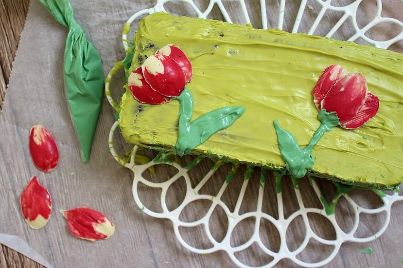Schokoladen Tulpen – Frühling auf demKuchen
