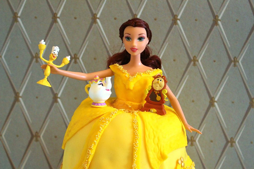 beauty-and-the-beast-cake-13