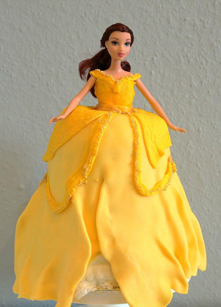 Prinzessin Torte Belle Barbietorte Mainbacken