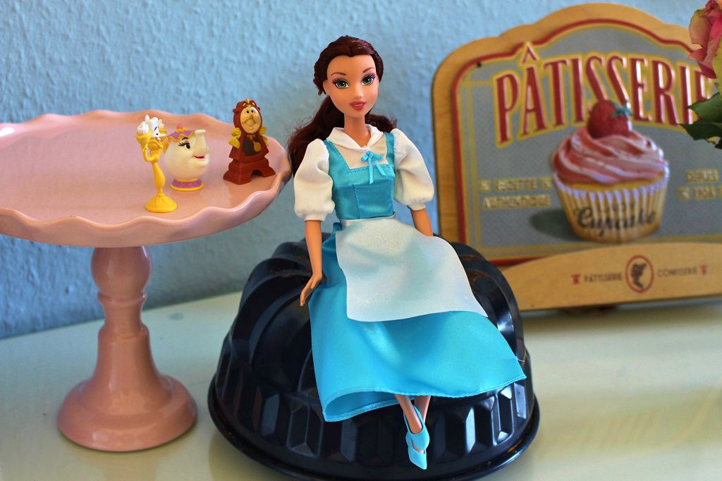 beauty-and-the-beast-cake-21
