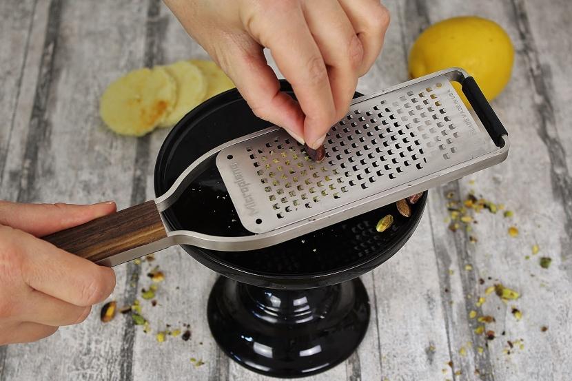 Zitronentörtchen mit Pistazien-Creme
